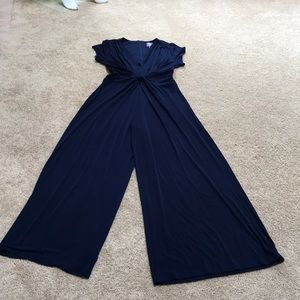NWT! Vince Camuto Large Navy twist knot jumpsuit
